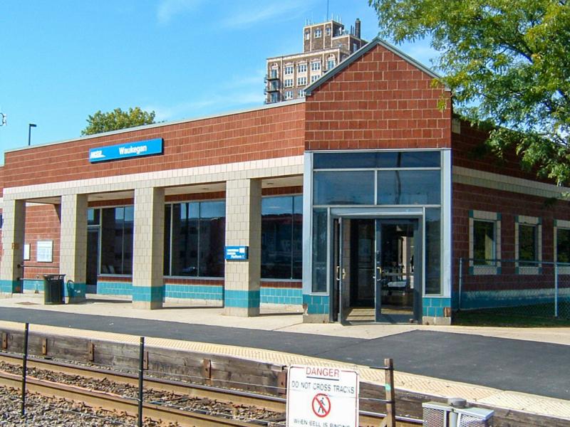Stations/Parking   Metra
